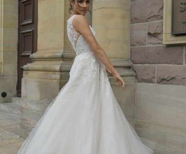 Future Princess Meghan Markle Telah Memilih Pereka Gaun Perkahwinannya