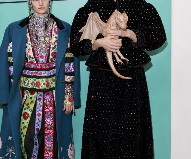 Naga & Makhluk Asing Antara Elemen Anda Boleh Dapati Belakang Pentas Minggu Fesyen Milan