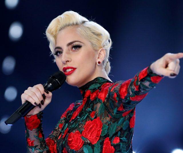 10 Selebriti Hollywood Yang Genius Dalam Diam