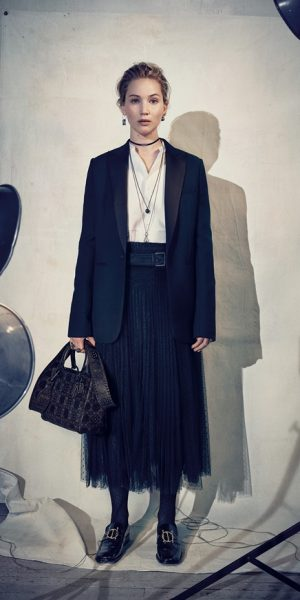 Dior & Jennifer Lawrence Melanggar Batasan Stereotaip Identiti Jantina
