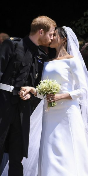 Duchess of Sussex Meghan Markle Memilih Givenchy Oleh Clare Waight Keller