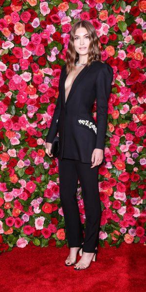 Fesyen, Stail & Glamor Memenuhi Karpet Merah Anugerah Tony 2018
