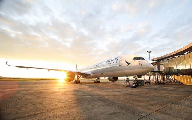 Cathay Pacific Memperkenalkan Airbus A350-1000 Pertama Mereka Di Hong Kong