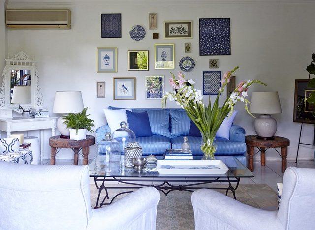 Kediaman – Tonasi Biru & Putih
