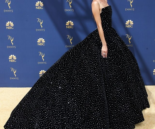 Anugerah Emmy 2018: Selebriti-Selebriti Best Dressed Di Karpet Merah