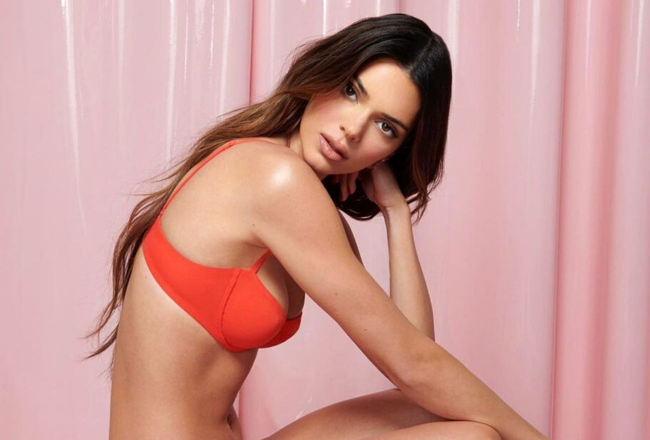 Kendall Jenner 'Kantoi' Guna Filter Pelangsing Tubuh
