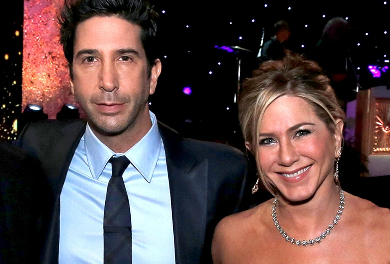 Dua Dekad Memendam Rasa, Jennifer Aniston & David Schwimmer Dikhabarkan Sedang Bercinta